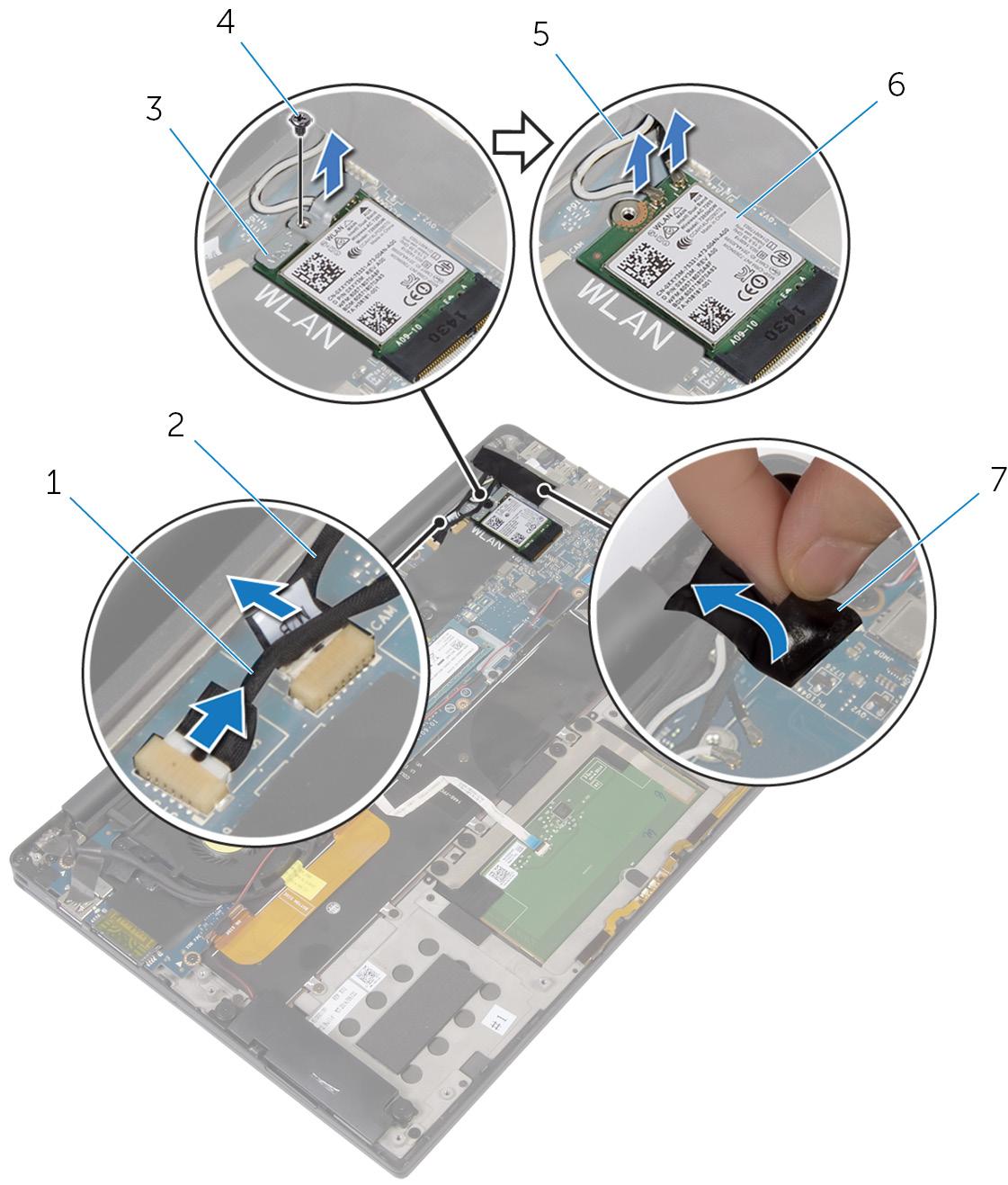 画像:タッチスクリーンケーブル(オプション)、カメラケーブル、アンテナケーブルの取り外し。